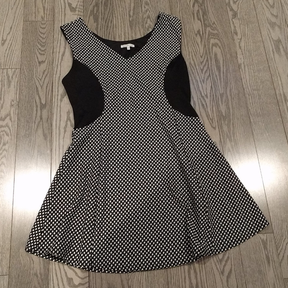 👠👠Black and white dress by Charlotte Russe 👠👠